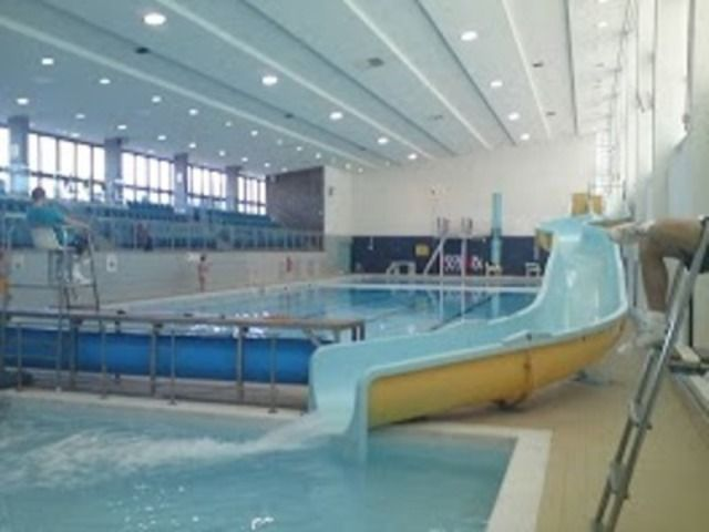 Eccleshill pool bradford bd10 0qe passes for Swimming pools leeds city centre
