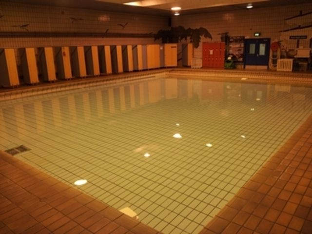 Lifestyles park road liverpool l8 6qh passes memberships for Park road swimming pool opening times