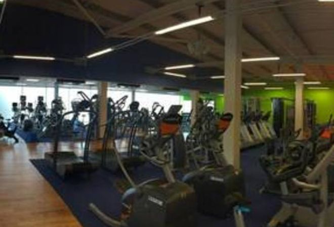 Waendel Leisure Centre picture