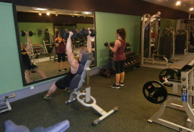 weights at Peak Fitness 4 U Motherwell
