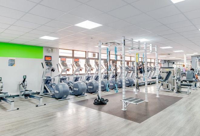 Tolworth Recreation Centre picture